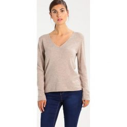 Swetry klasyczne damskie: Rosemunde Sweter tan