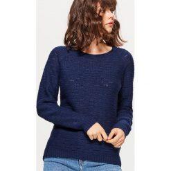 Żakardowy sweter - Granatowy. Niebieskie swetry klasyczne damskie Cropp, l, z żakardem. Za 59,99 zł.