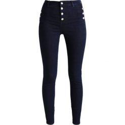 New Look HIGHWAIST BUTTON FRONT IZZY Jeans Skinny Fit rinse. Czarne jeansy damskie marki New Look, z materiału, na obcasie. Za 139,00 zł.