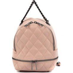Plecaki damskie: Skórzany plecak w kolorze pudrowym – (S)20 x (W)17 x (G)11 cm