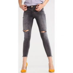 One Teaspoon LE DUKE SUPER DUPERS Jeans Skinny Fit le duke. Szare jeansy damskie One Teaspoon. W wyprzedaży za 318,45 zł.