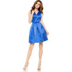 Rozkloszowana sukienka chabrowa DAKOTA. Niebieskie sukienki balowe marki Lemoniade, na wesele, dekolt w kształcie v, rozkloszowane. Za 159,90 zł.