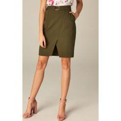 Spódniczki: Ołówkowa spódnica z rozcięciem z przodu – Khaki