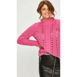 Vero Moda - Sweter Nila. Różowe swetry klasyczne damskie marki Vero Moda, l, z dzianiny. W wyprzedaży za 99,90 zł.