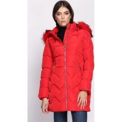 Czerwona Kurtka Surmise. Brązowe kurtki damskie pikowane marki QUECHUA, na zimę, m, z materiału. Za 234,99 zł.
