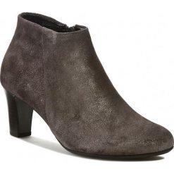 Botki GABOR - Velour 95.660.60 Powder. Szare buty zimowe damskie Gabor, z materiału. W wyprzedaży za 269,00 zł.