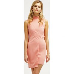 Sukienki hiszpanki: BLANCO Sukienka etui salmon pink