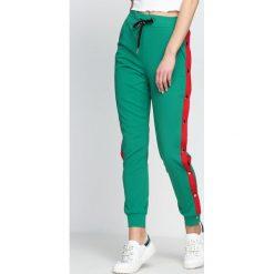 Spodnie dresowe damskie: Zielone Spodnie Dresowe Nowadays