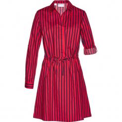 Sukienka szmizjerka bonprix czerwono-ciemnoniebieski w paski. Niebieskie sukienki z falbanami marki bonprix, z nadrukiem. Za 129,99 zł.