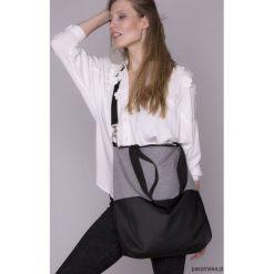Torba damska czarno - szara. Czarne torebki klasyczne damskie Pakamera, w paski, ze skóry ekologicznej. Za 135,00 zł.
