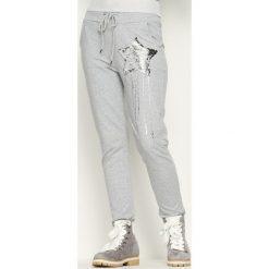 Spodnie dresowe damskie: Jasnoszare Spodnie Dresowe Star