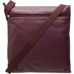 """Skórzana torebka """"Vora 5"""" w kolorze bordowym - 31 x 33 x 7 cm. Czerwone torebki klasyczne damskie BREE, w paski, z materiału. W wyprzedaży za 363,95 zł."""