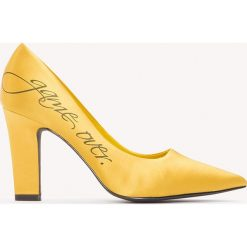 Buty damskie: NA-KD Shoes Satynowe czółenka Game Over - Yellow