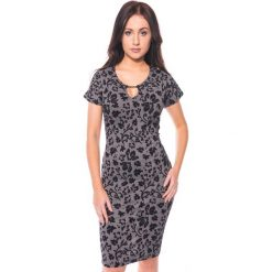 Szara sukienka w kwiaty QUIOSQUE. Szare sukienki mini marki QUIOSQUE, w kratkę, z krótkim rękawem. W wyprzedaży za 89,99 zł.