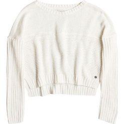 """Sweter """"True"""" w kolorze białym. Białe swetry klasyczne damskie marki Roxy, m, z dzianiny, z okrągłym kołnierzem. W wyprzedaży za 151,95 zł."""