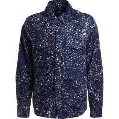 PS by Paul Smith MENS UNLINED  Kurtka wiosenna dark blue. Niebieskie kurtki męskie marki PS by Paul Smith, m, z bawełny. W wyprzedaży za 544,50 zł.