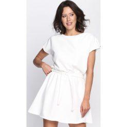 Sukienki: Biała Sukienka Peaches & Cream