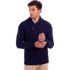 Swetry rozpinane męskie: Sweter w kolorze granatowym