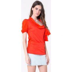 T-shirty damskie: T-shirt w kolorze czerwonym