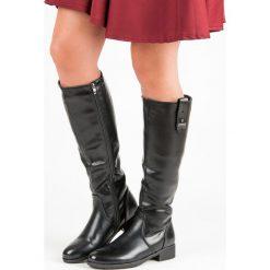 KLASYCZNE PŁASKIE KOZAKI. Czarne buty zimowe damskie FILIPPO, na płaskiej podeszwie. Za 309,90 zł.
