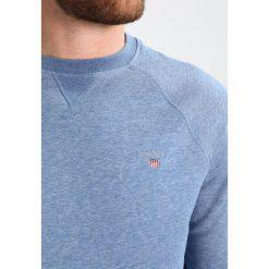 GANT ORIGINAL CNECK Bluza denim blue. Niebieskie kardigany męskie GANT, m, z bawełny. Za 379,00 zł.