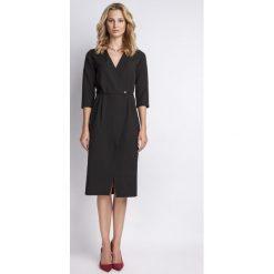 Czarna Elegancka Sukienka Midi z Kopertowym Dekoltem. Białe sukienki balowe marki numoco, do pracy, l, z nadrukiem, z elastanu, z kopertowym dekoltem, z długim rękawem, kopertowe. Za 154,90 zł.