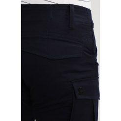 GStar ROVIC SLIM Bojówki dark naval blue. Niebieskie bojówki męskie marki G-Star, z bawełny. Za 469,00 zł.