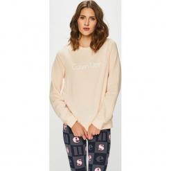 Calvin Klein Jeans - Bluza. Szare bluzy z nadrukiem damskie marki Calvin Klein Jeans, m, z bawełny, bez kaptura. Za 179,90 zł.