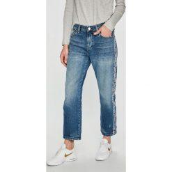 Tommy Jeans - Jeansy. Niebieskie jeansy damskie Tommy Jeans. Za 539,90 zł.