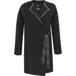 Płaszcze damskie pastelowe: Płaszcz damski