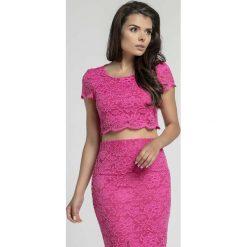 Różowa Elegancka Krótka Koronkowa Bluzka. Czerwone bluzki asymetryczne Molly.pl, l, w koronkowe wzory, z koronki, eleganckie, z długim rękawem. Za 105,90 zł.