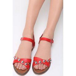 Czerwone Sandały Float On. Brązowe sandały damskie marki vices, z materiału, ze szpiczastym noskiem, na wysokim obcasie, na obcasie. Za 79,99 zł.