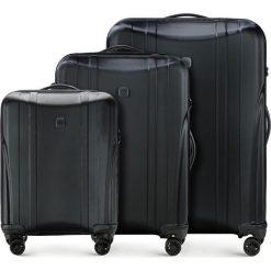 Zestaw walizek 56-3P-91S-10. Czarne walizki marki Wittchen, z gumy, duże. Za 778,41 zł.