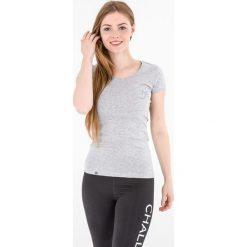 4f Koszulka damska H4L17-TSD011 4F jasny szary melanż roz. M (H4L17-TSD011). Czerwone topy sportowe damskie marki 4f, l, melanż. Za 29,90 zł.