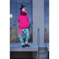 Spodnie damskie Papugi - baggy pants - joggery. Szare spodnie dresowe damskie Pakamera, z dresówki. Za 195,00 zł.