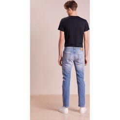 CLOSED UNITY  Jeansy Slim Fit blue. Niebieskie jeansy męskie relaxed fit marki CLOSED. W wyprzedaży za 394,50 zł.