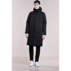 Płaszcze przejściowe męskie: Bruuns Bazaar TOR  Płaszcz puchowy black