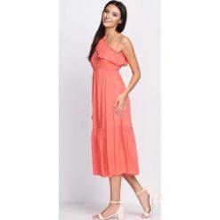 Sukienki: Koralowa Sukienka On High