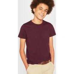Odzież chłopięca: Nakrapiana koszulka z kieszenią 10-16 lat