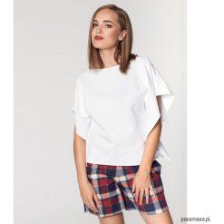 T-shirt damski. Szare t-shirty damskie Pakamera. Za 119,00 zł.