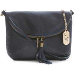 Torebki klasyczne damskie: Skórzana torebka w kolorze granatowym – 22 x 18 x 2 cm