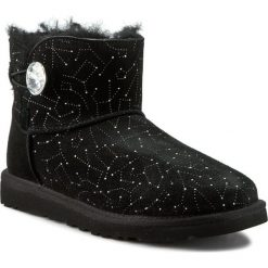Buty zimowe damskie: Buty UGG – W Mini Bailey Button Bling Constellation 1008822  Blk