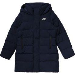 Kurtka Nike NSW Girls Parka Uptown 550 (806398-451). Czarne kurtki dziewczęce zimowe Nike, z materiału. Za 209,99 zł.