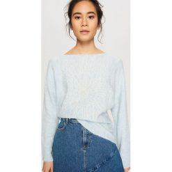 Sweter z koralikami - Niebieski. Białe swetry klasyczne damskie marki Reserved, l. W wyprzedaży za 59,99 zł.