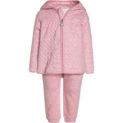 Kanz LAYETTE TIGER GIRL 1/1 ARM Bluza rozpinana cameo pink/pink. Czerwone bluzy dziewczęce Kanz, z bawełny, z długim rękawem, długie. Za 149,00 zł.