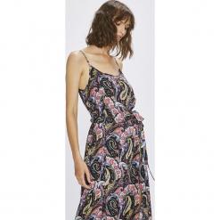 Answear - Sukienka Boho Bandit. Niebieskie długie sukienki marki bonprix, z nadrukiem, na ramiączkach. W wyprzedaży za 89,90 zł.