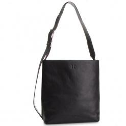 Torebka CALVIN KLEIN - Strapped Large Hobo K60K604936 001. Czarne torebki klasyczne damskie Calvin Klein, ze skóry ekologicznej. Za 1299,00 zł.