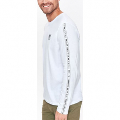 T-SHIRT MĘSKI Z DŁUGIM RĘKAWEM I NAPISAMI. Szare t-shirty męskie Top Secret, na jesień, m, z napisami. Za 24,99 zł.