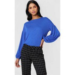 NA-KD Boho Sweter z bufiastym rękawem - Blue. Niebieskie swetry klasyczne damskie marki NA-KD Boho, na imprezę, w koronkowe wzory, z koronki, boho, na ramiączkach, mini. W wyprzedaży za 48,78 zł.