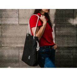 Czarna torebka worek na lato rączki linki. Czarne torby plażowe Pakamera. Za 119,00 zł.